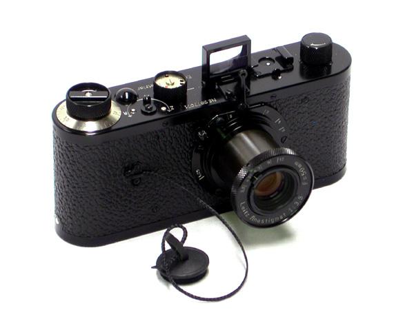 http://www.leitzmuseum.org/CameraMakes/Leica/1923-O-Replica-1.jpg